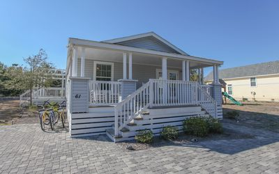 Photo for Seagrove Cottage - private pool (can be heated), close to beach, 3 bikes