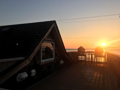 Serendipity Outer Banks:  Semi-Oceanfront Cottage in Kitty Hawk + Dog Friendly