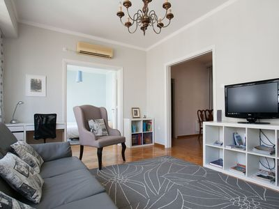 Photo for Spacious 3bdr apt at the heart of Athens