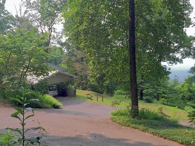 Photo for Caesar Head Mtn Home,AwesomeViews Cable/Sat-Internet/Pets-BrevardNC/GreenvilleSC