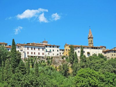 Photo for 2 bedroom Apartment, sleeps 6 in Laterina with Pool