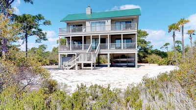 "Photo for Ready after Hurricane Michael! FREE BEACH GEAR! Plantation, Pets OK, Fireplace, Wi-Fi, 3BR/2BA ""Our Thyme"""