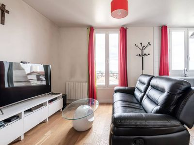 Photo for 2 rooms renovated, near Paris
