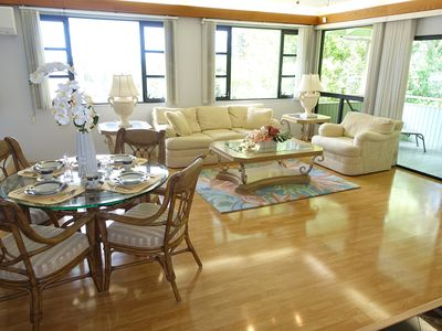 Photo for Elegance In Honolulu: Tranquil And Convenient