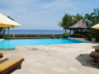 Photo for Luxury beach villa directly at sea, private pool, incl. Staff/Cook next Lovina
