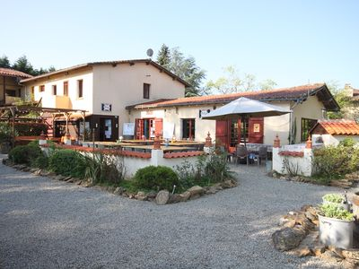Photo for Gîte, ideal for hikers and bikers near Oradour-sur-Glane (dog friendly!)