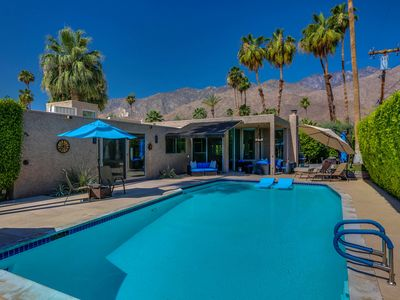 Photo for Palm Springs Luxury Vacation Home - Great Location!