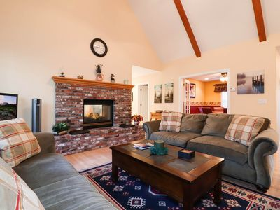 Photo for Mountain Haven: Close to Snow Summit, Hiking Trails, & the Village! Pool Table! WiFi! Gas BBQ!