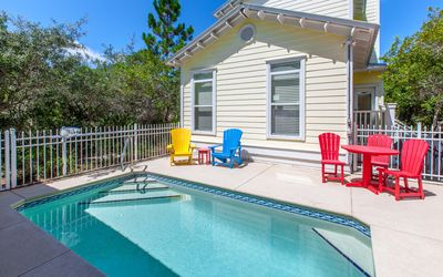 Photo for Mellow Yellow - Fall Break Specials, private pool, 2 bikes!