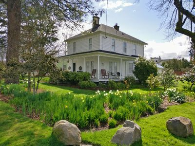 Photo for A Quintessential Farmhouse in the heart of Carlton