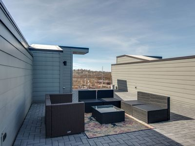 Photo for 12 Beds/RFTop Deck/City views/2nd Home Option