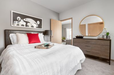 Milwaukee River Condos 1BD 6 - Lower East Side