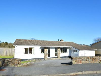 Photo for Spacious holiday home with large garden and close to a number of beaches