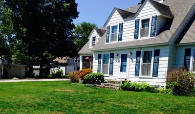 Photo for 5BR Cottage Vacation Rental in East Lyme, Connecticut