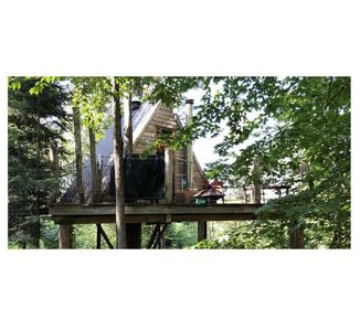 Photo for Chimo Refuges Tree House Resort - The Stella