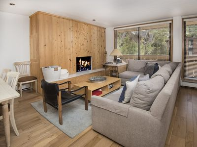 Photo for 2 Bedrooms + Convertible bed, 2 Baths, (Sleeps 4-6)