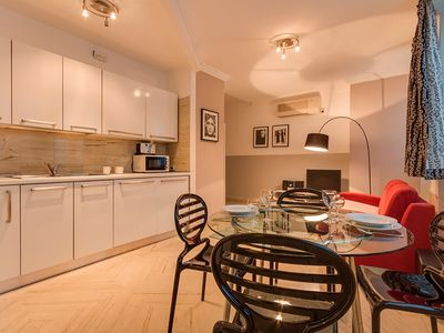 Photo for Rome apartment rental Spanish Steps with AC, Wi-Fi, elevator