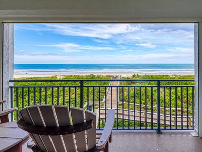 Waterfront condo w/ stunning views, shared pool, tennis, & private beach access
