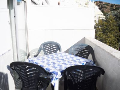 Photo for Air-conditioned apartment at 300m from the beach, near Albufeira center.