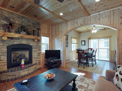 Photo for NEW LISTING! Cozy duplex w/equipped kitchen & free WiFi-walk to Snow Summit!