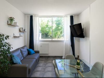 Photo for Large 2 bedroom apartment for 6 people hypercentre Wi-Fi parking