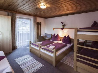 Photo for Family room with fl. Water (2-4P) - Mühlhof, guesthouse