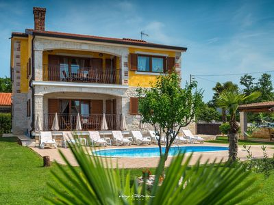 Photo for Charming villa with private pool near Porec