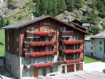 Photo for Apartment Bergfreude Kuonen in Saas-Grund - 4 persons, 2 bedrooms