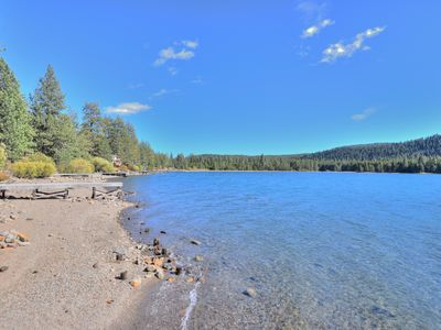 Photo for DONNER LAKE: Steps to Lake & Pier, HOA Pool/Prvt. Beach/Gym. Dog. Affordable!