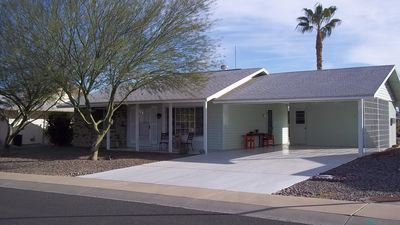 AZ Hitching Post: Clean, Comfy, and Convenient.  Covered parking for 2 cars.
