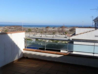 Photo for CASA MORVE 4, Ideal house for your holidays near the sea, free wifi, air conditioning, community pool, pets allowed, dog's beach.