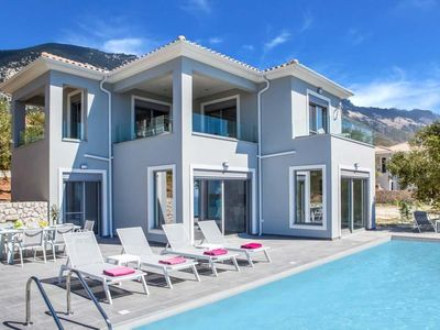 Photo for 3 bedroom Villa, sleeps 6 in Trapezaki with Pool, Air Con and WiFi