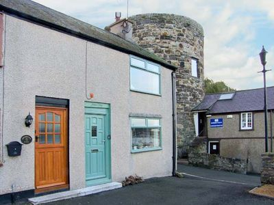 Photo for Jasmin Cottage, CONWY