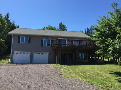 New Home-4 Seasons-Canal Views-Fireplace-Huge Deck-Great Location in Houghton