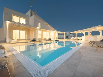 Photo for Modern villa with swimming pool
