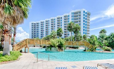 Photo for Palms of Destin 🌴 Centrally Located 🌊 Beautiful Resort Close to the Beach 🌞🌞