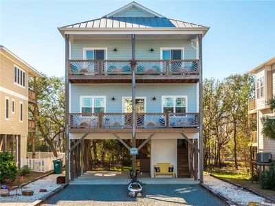 Photo for Sixteen Sandals: 4 BR / 3 BA house in Surf City, Sleeps 11