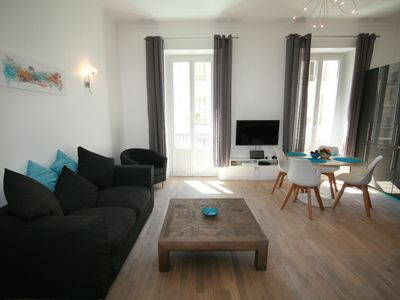 Photo for Superbly Appointed 2nd floor Apartment in the Heart of the Carre D'Or