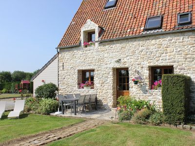 Photo for Charming cottage in a manor house of the sixteenth century 5 minutes from the sea.