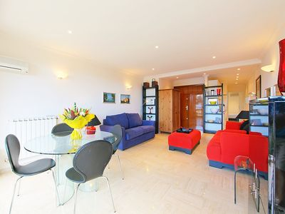 Photo for Apartment 159 m from the center of Cannes with Parking, Internet, Washing machine, Air conditioning (108973)