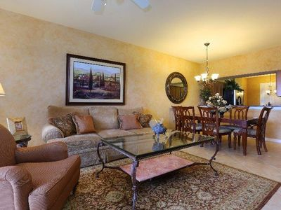 Immaculate Condo Exceptional Golf / Tennis Community