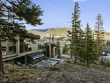 Luxurious Mountain Family Home, Private Hot Tub