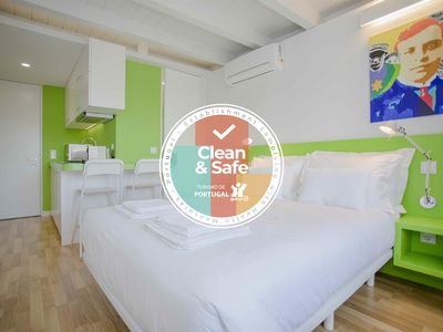 Photo for Liiiving in Porto | Downtown Cosy Suite 2B