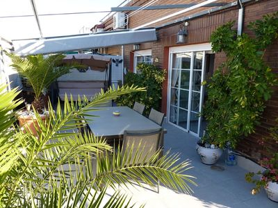 Photo for 4BR Apartment Vacation Rental in Torrevieja, Communauté valencienne