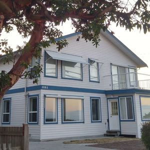 Photo for 2BR House Vacation Rental in Sechelt, BC