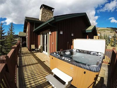 Photo for Private Hot Tub, Large Deck, Garage. Walk or Shuttle To Resort, Restaurants, Shops. Near Rec Path.