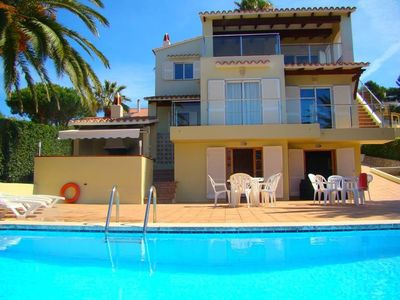 Photo for 5 bedroom Villa, sleeps 9 with Pool and FREE WiFi