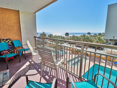Photo for Beach Getaway with Amazing Ocean views!