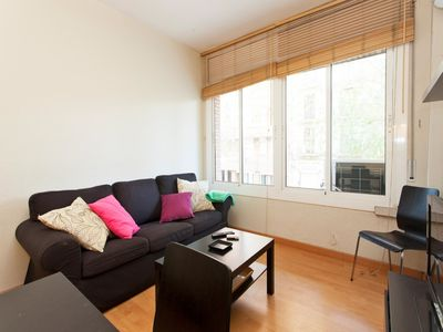Photo for COZY APARTMENT IN THE CITY CENTER IN EIXAMPLE FOR 4