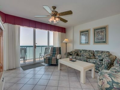 Photo for Oceanfront condo, Lazy river, indoor pool, hot tub, & picnic area onsite!